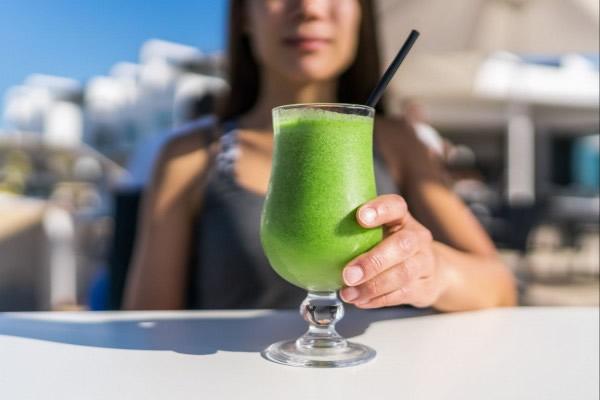 Insira o suco detox na sua dieta e veja os resultados!